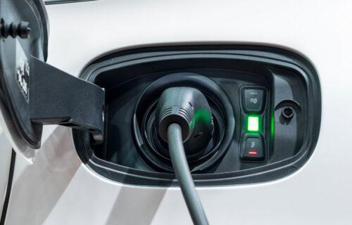 Dette bør du vite om å lade elbil hjemme
