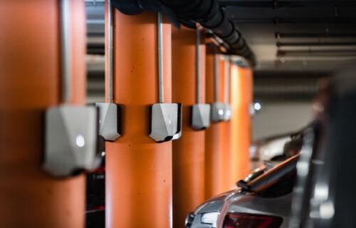 Alt du må vite om lading av elbil borettslag og sameiet
